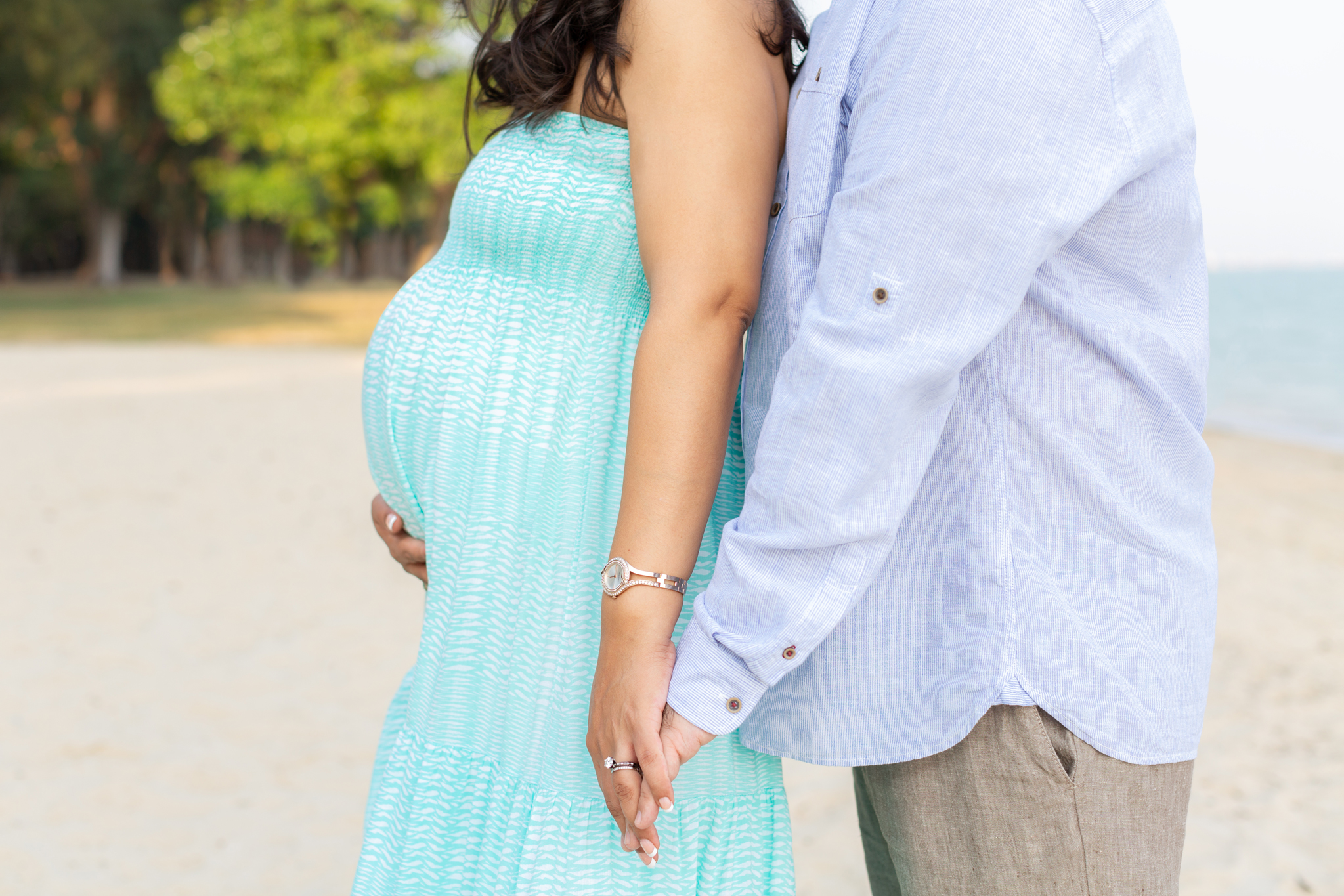 best maternity photographer in singapore, expat photographer in singapore, maternity photoshoot in singapore, maternity session on east coast beach