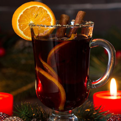 Seven spiced mulled wine luxury Christmas friends entertaining drinks health PureExtracts