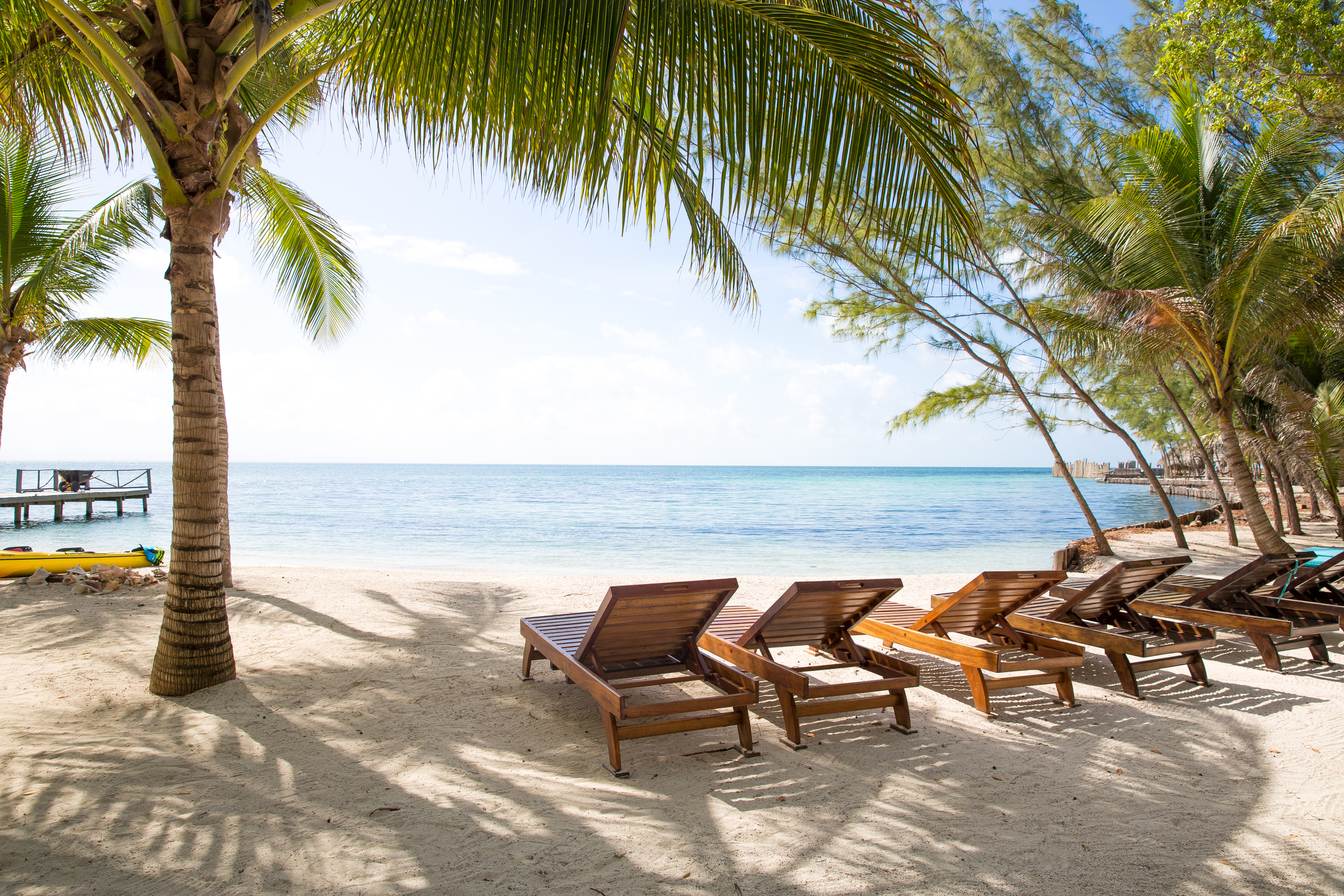 Thatch Caye Island Resort
