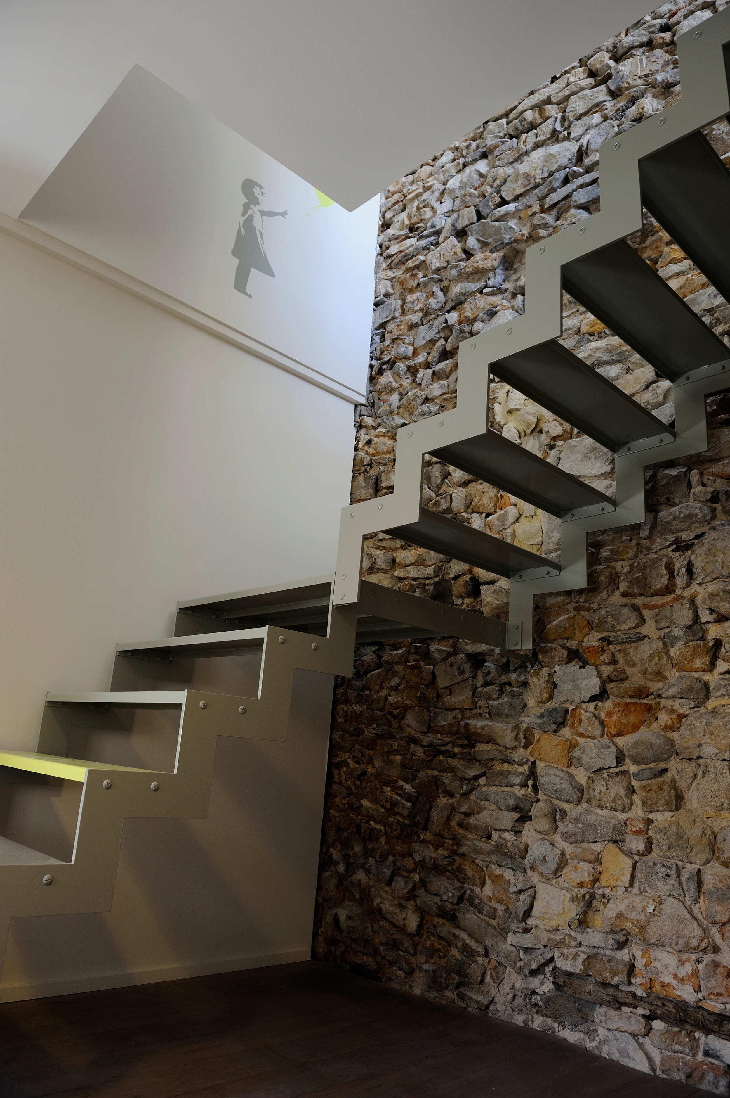 escalier en acier fait sur mesure