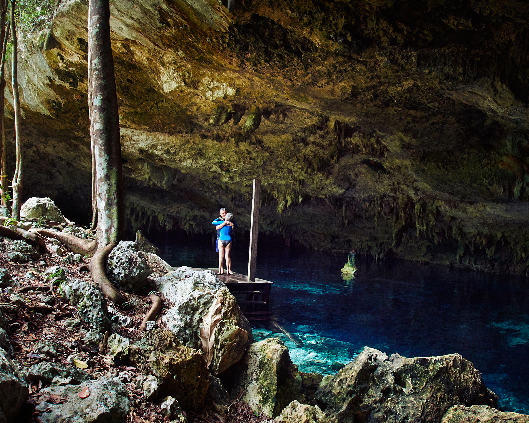 Cenote Dos Ojos, Mexico