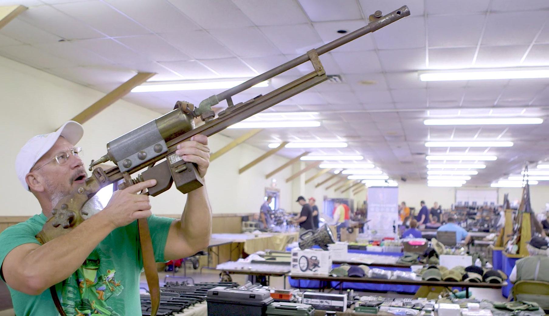 gun show guy aiming up.jpg