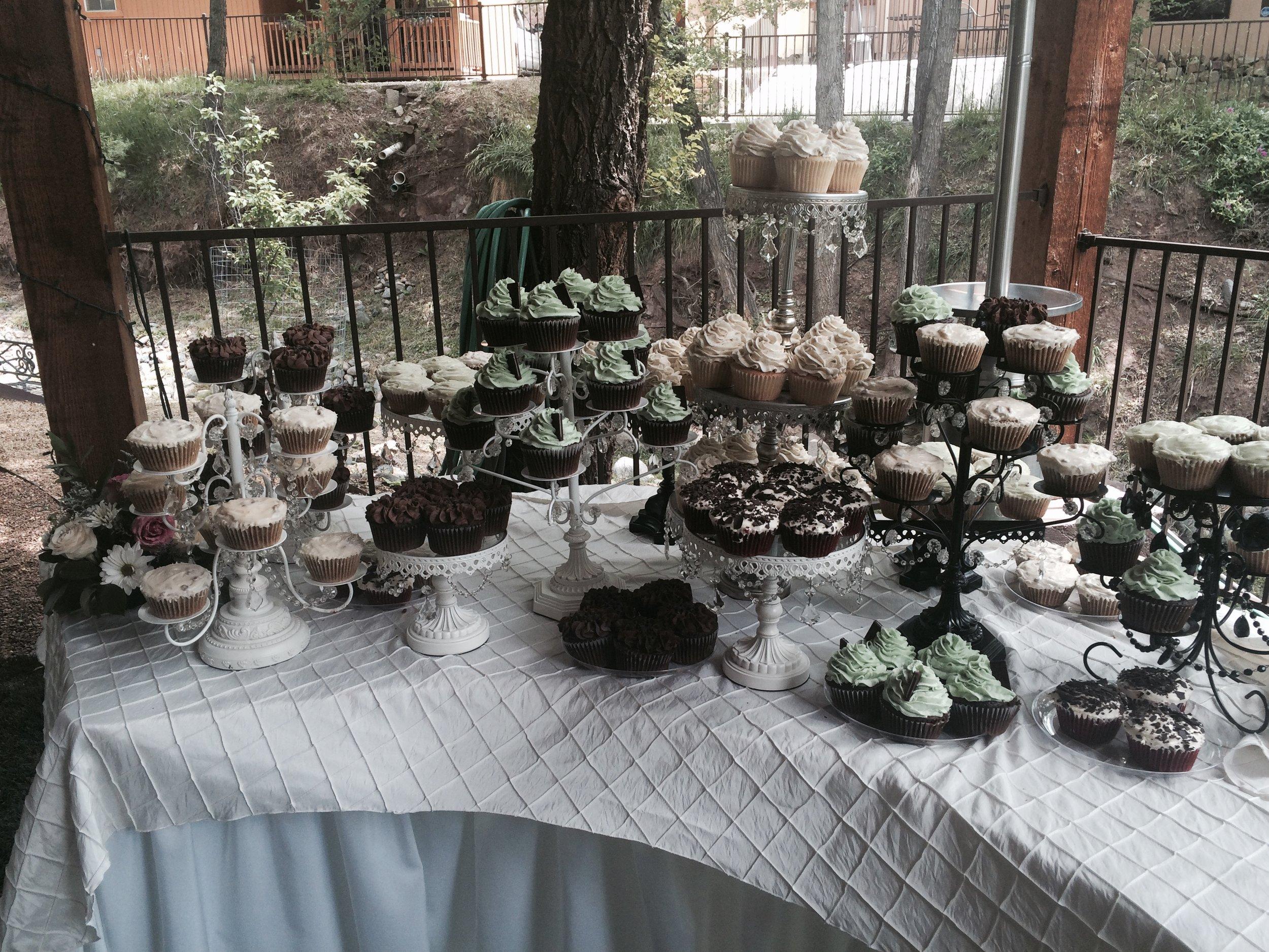Cupcake Wedding Table HR.jpg