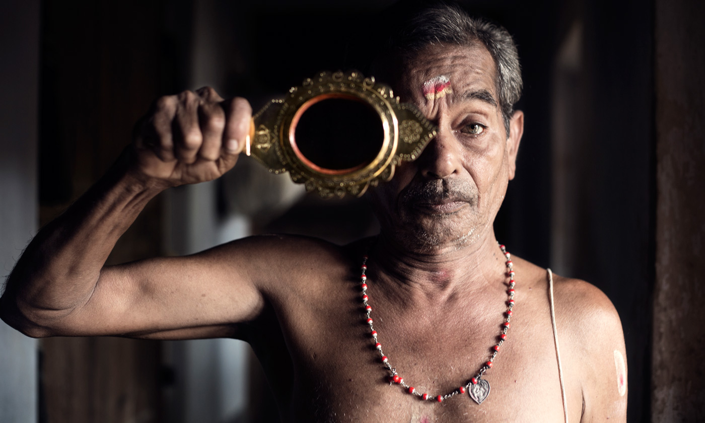 Rajendra Varma's eyes are full of glory.He shifts from the pride of his royal ancestry to his joyous animated self between conversations.