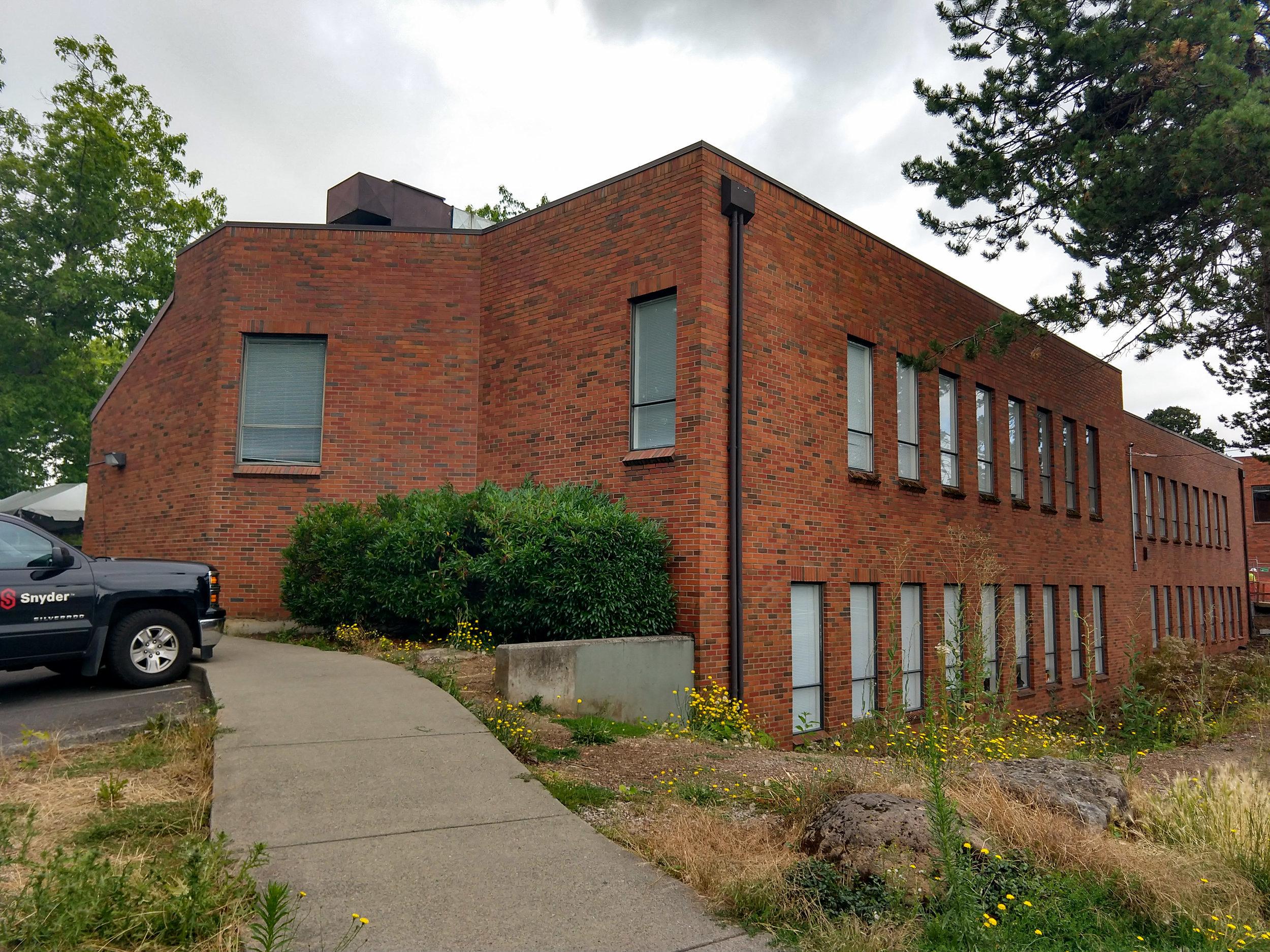 Wy'east Building.jpg