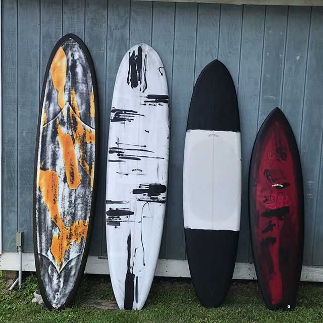 Summer stockies by @faktionsurfboards Hit up Faktion's DM for details.  L2R: 8'0 Overeasy singlefin 7'9 Mini log w/ 2+1 (SOLD) 7'4 Overeasy w/ 2+1 5'11 Frocket swallowtail: #faktionsurfboards #resinart #surfboard