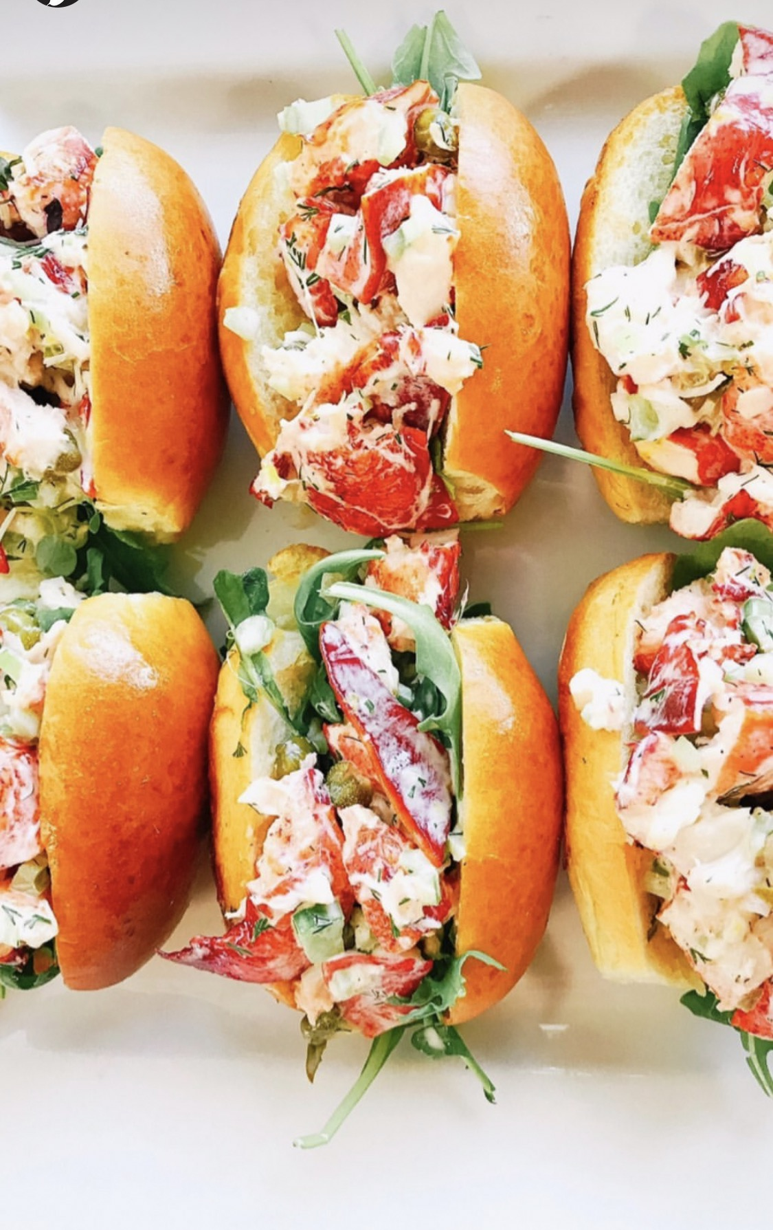 Lobster Roll - saveur catering