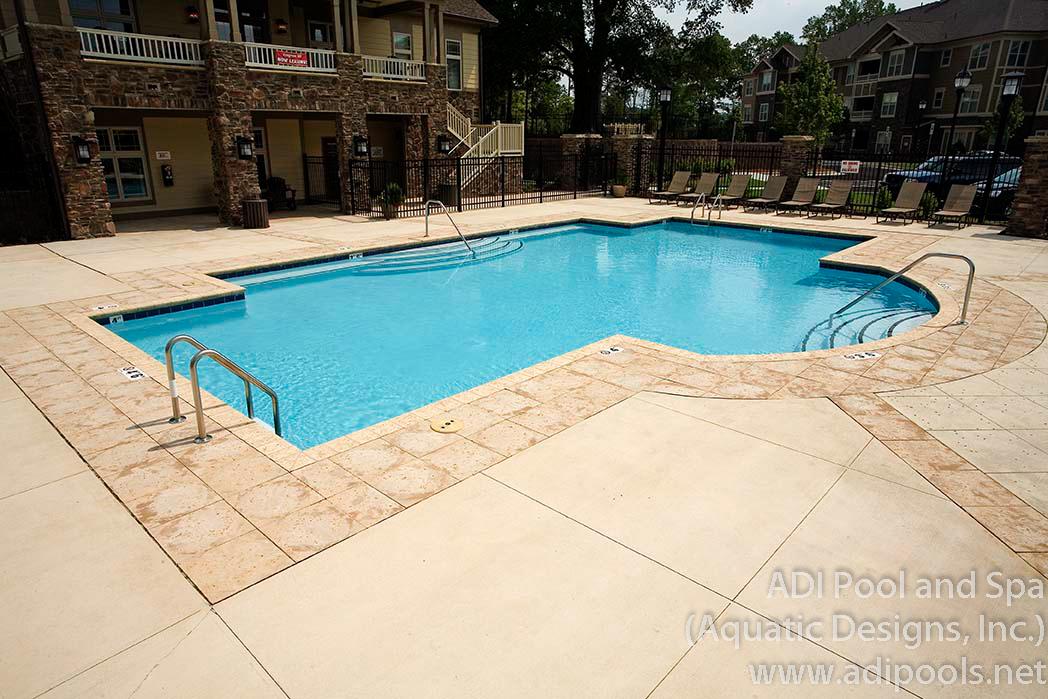 1-commercial-gunite-swimming-pool.jpg
