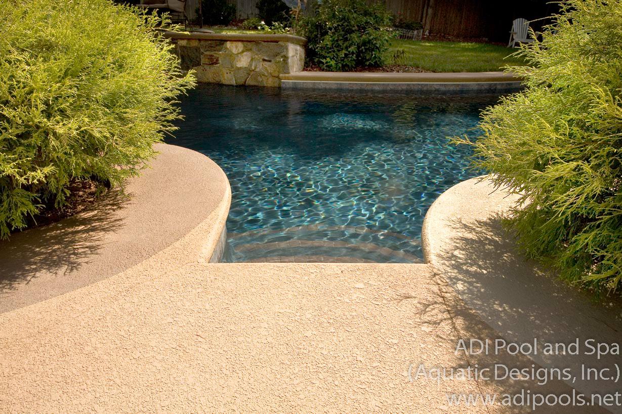 3-backyard-pool.jpg