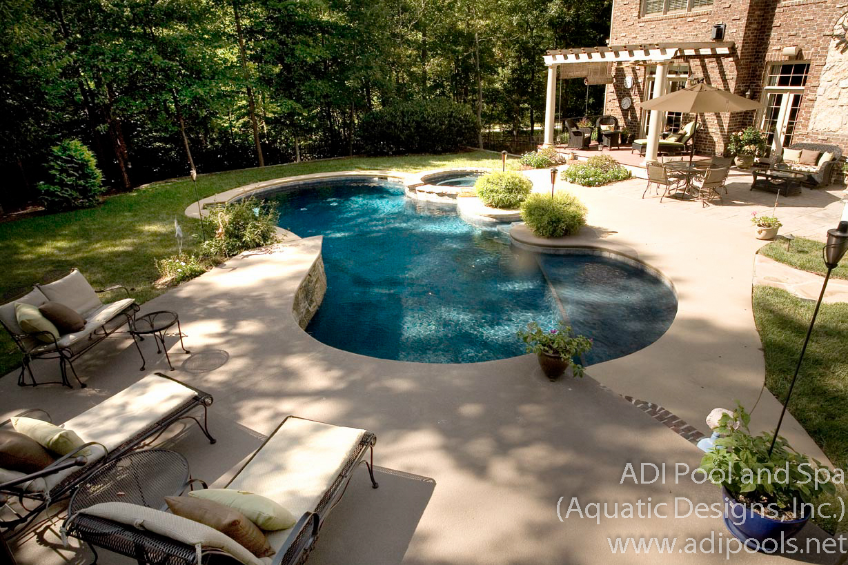 4-concrete-pool-and-spa-combination.jpg
