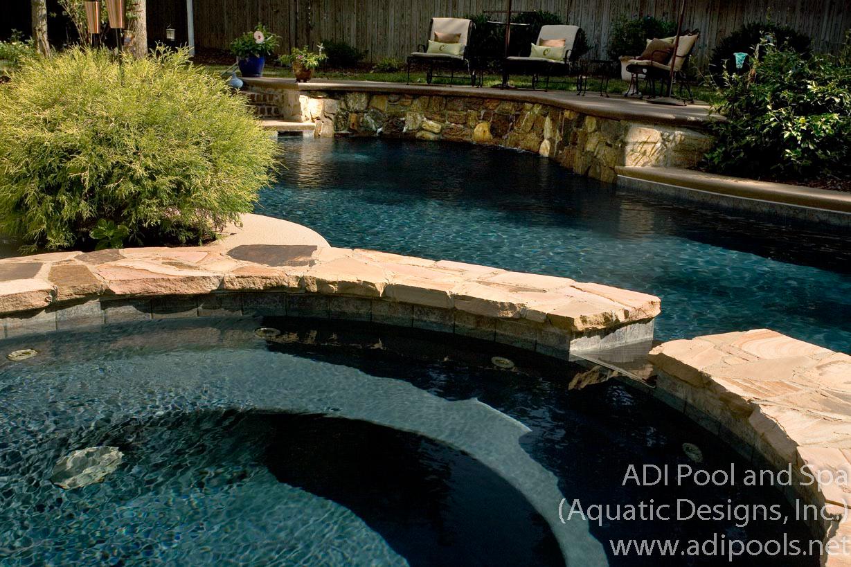 17-spa-pool-and-waterwall.jpg
