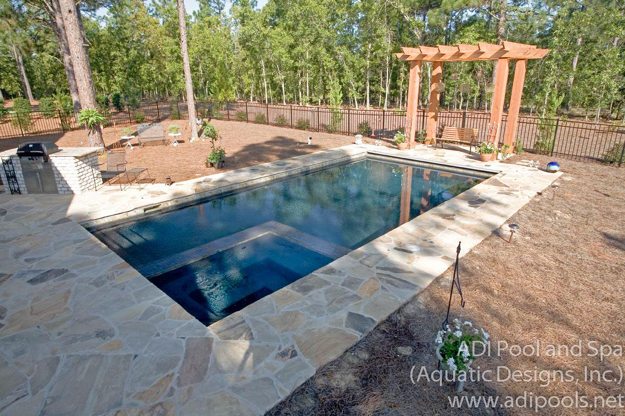10-pool-spa-combination-with-dark-plaster-finish.jpg