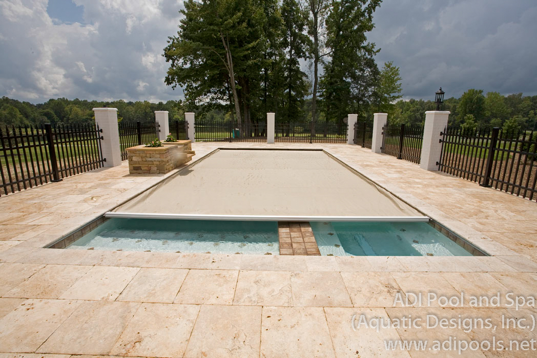 7-gunite-swimming-pool-with-automatic-pool-cover.jpg