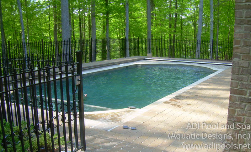 swimming-pool-and-spa-with-automatic-cover.jpg