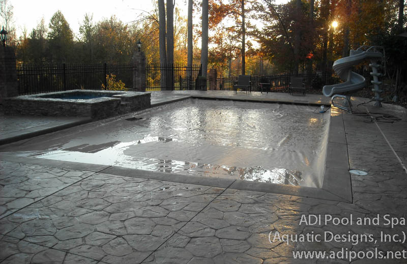swimming-pool-with-automatic-cover.jpg