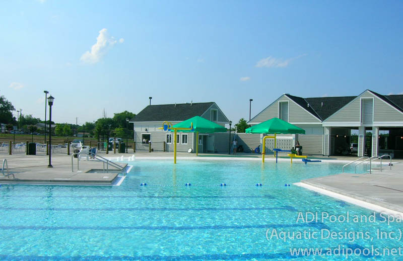 commercial-pool-with-beach-entry.jpg