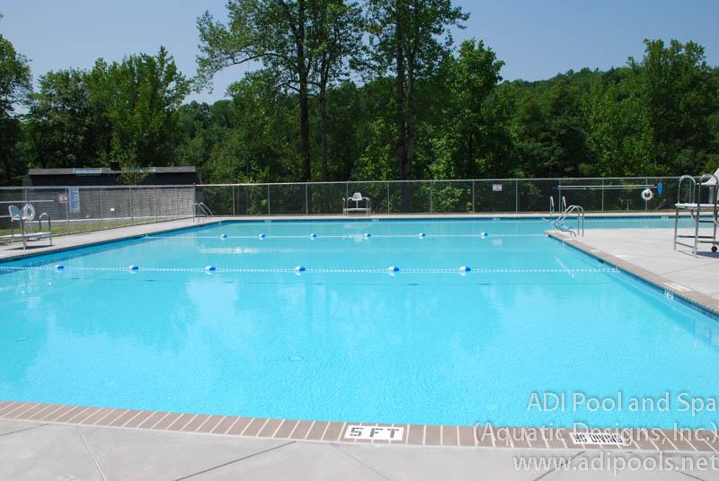 park-pool-with-brick-coping.jpg