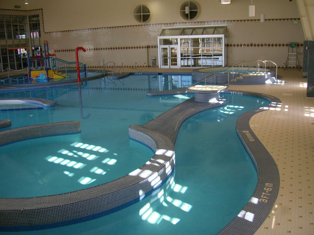 play-pool-with-lazy-river-and-vortex.jpg