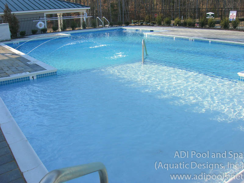 sunshelf-at-swimming-pool.jpg