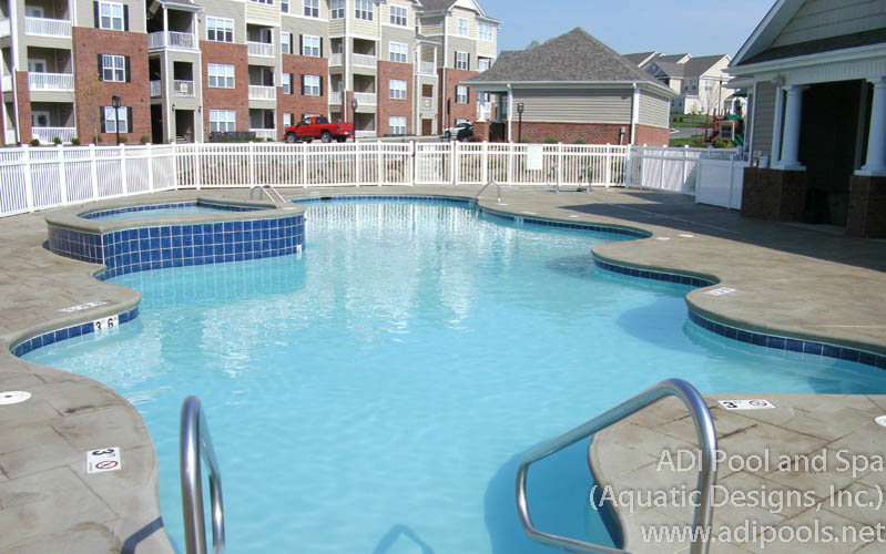 community-pool-with-raised-relaxation-pool.jpg