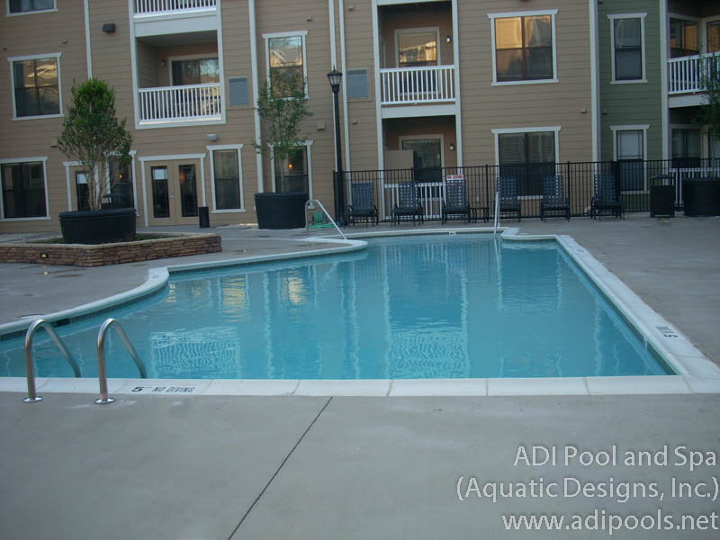 courtyard-pool-with-precast-coping.jpg
