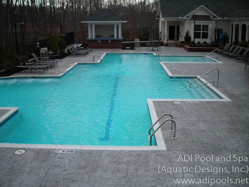 pool-with-precast-coping.jpg