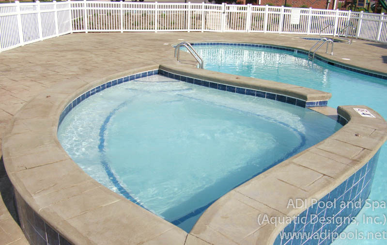 raised-cold-water-hydrotherapy-jet-pool.jpg