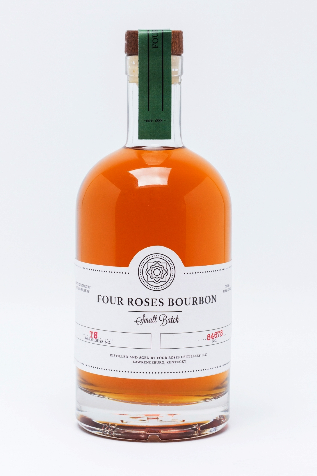 FourRoses_SmallBatch_StraightOn_edit.jpg