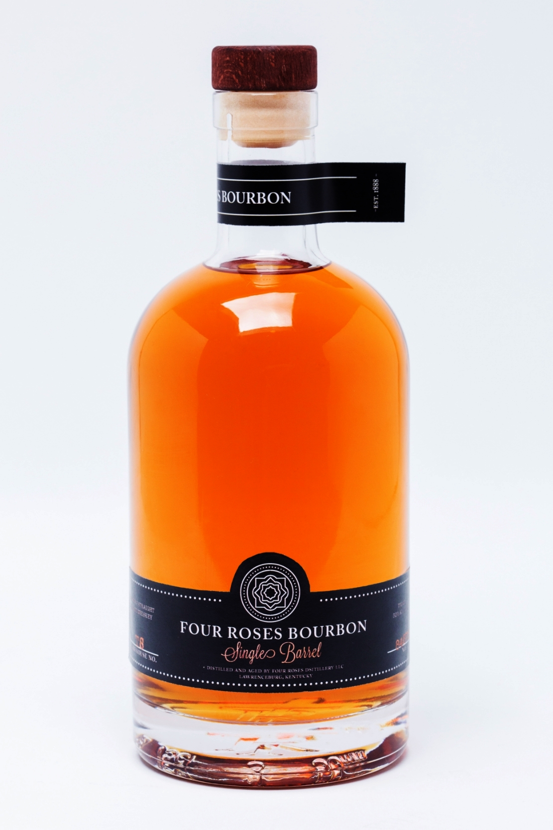 FourRoses_SingleBarrel_StraightOn_edit.jpg