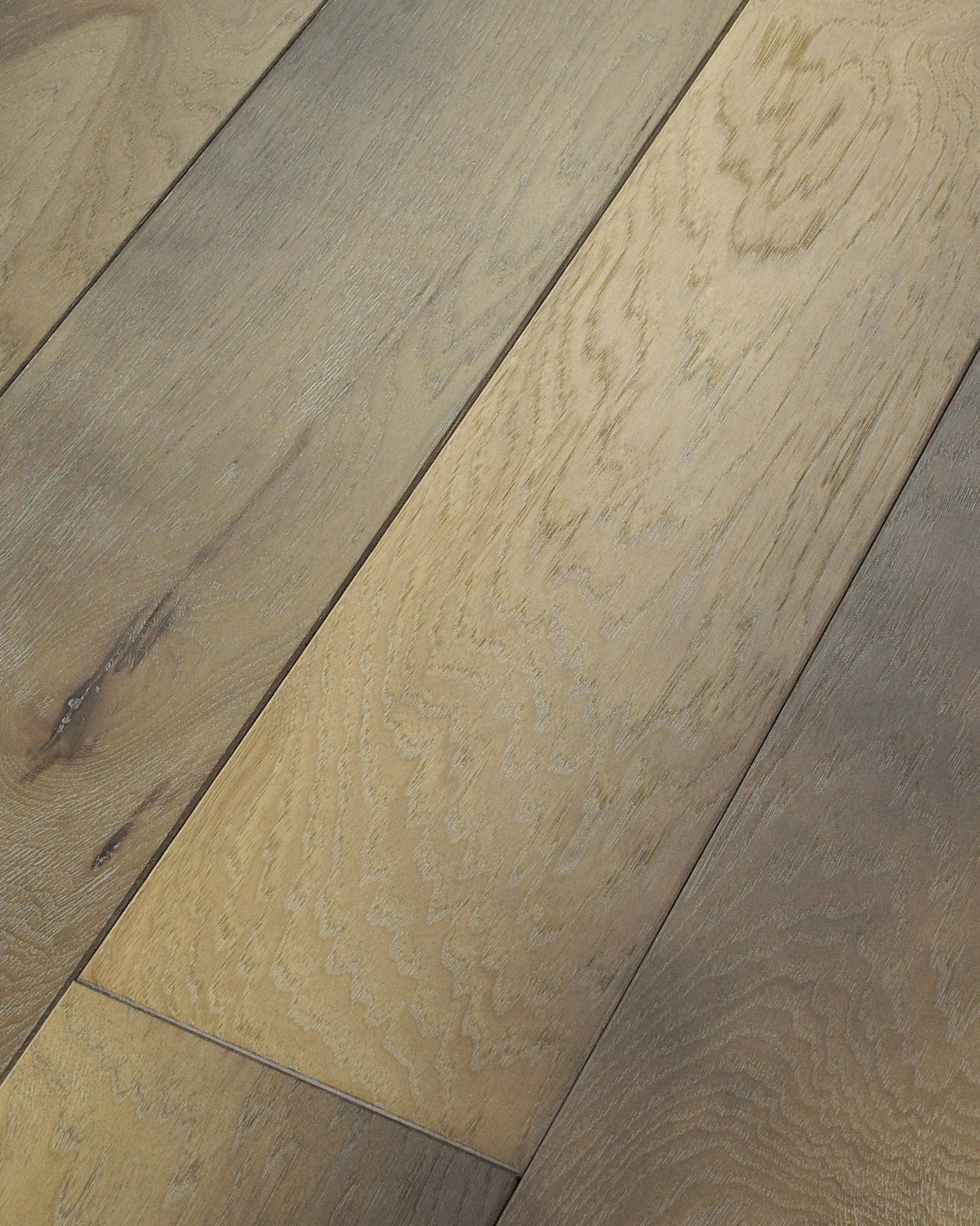 Hickory - Sultry Taupe
