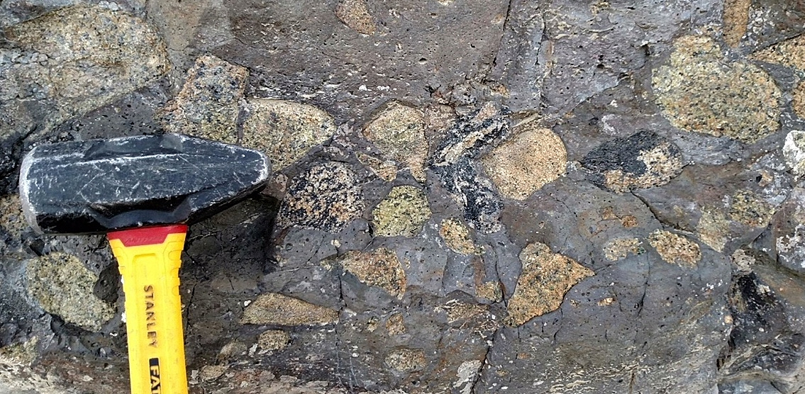 Lower crustal and upper mantle xenoliths from the Rio Grande rift