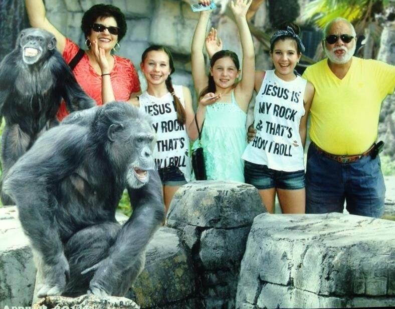 girls at zoo 2014.jpg