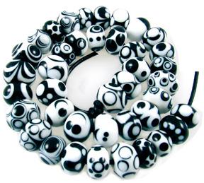These 40 beads by Linda Dillard