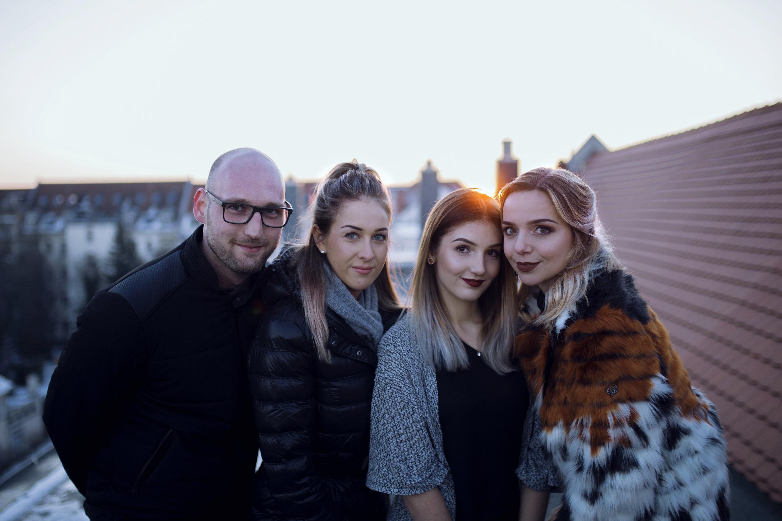 Das Team (v.l.n.r.): Max, Fanny, Dayana, ich)