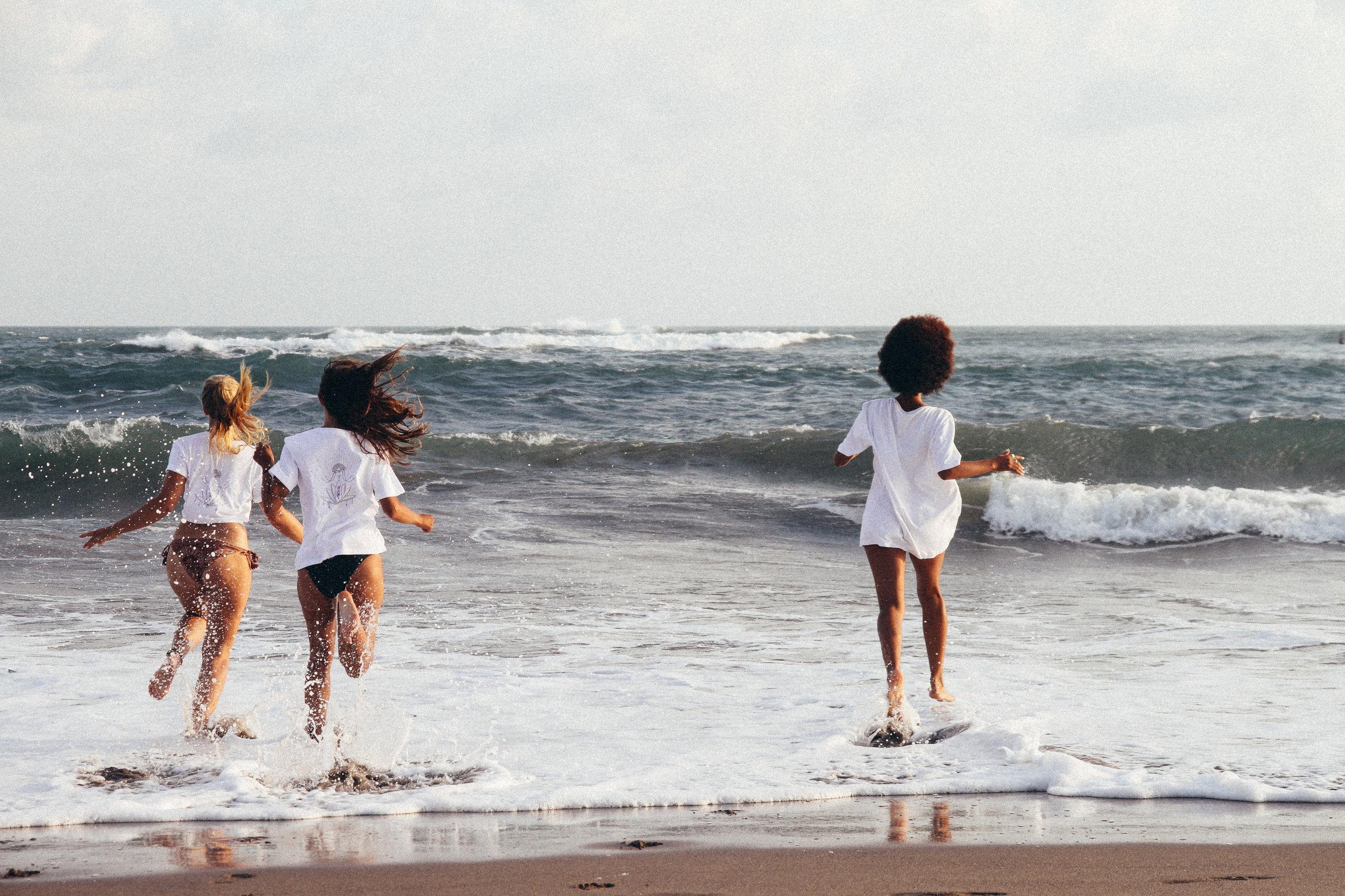 Surf Girl Gang
