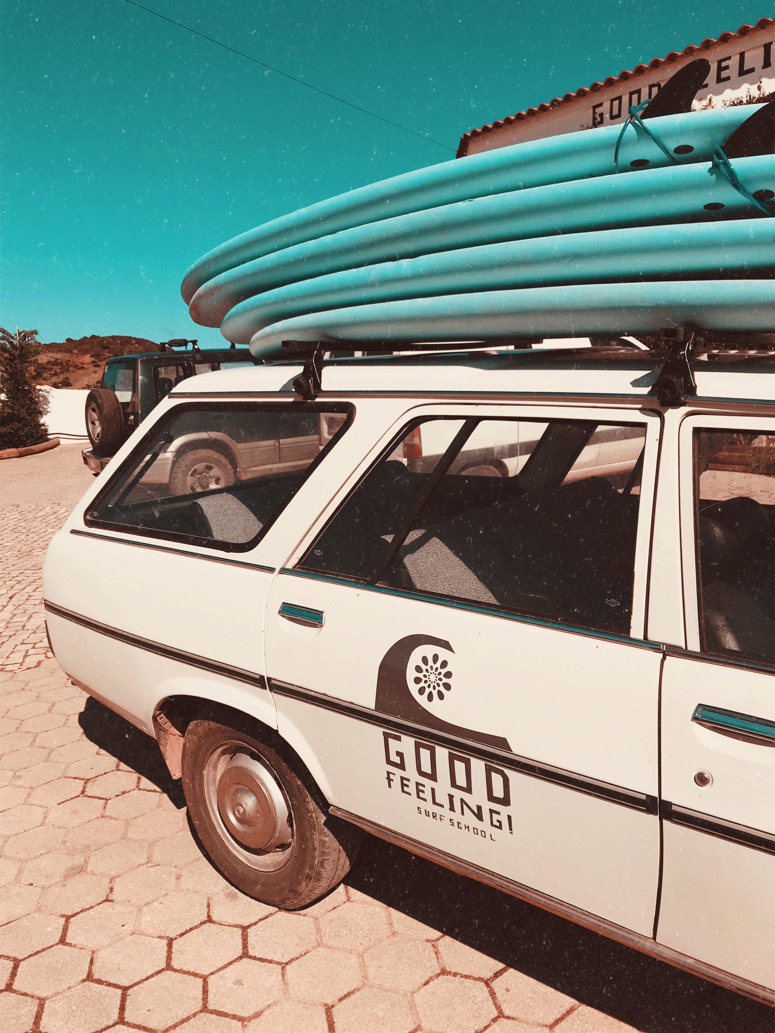 surfing algarve good feeling hostel