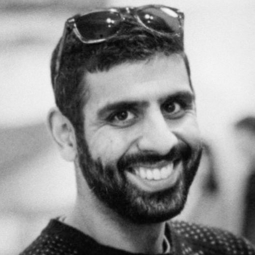 """<a href=""""https://www.linkedin.com/pub/vijay-vachani/4/230/b14"""" target=""""_blank""""><i>Vijay Vachani</i></a><br><font size=""""-1"""">Director, Partner Ecosystem</font><br><b>Adobe</b>"""