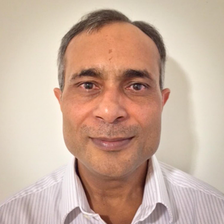 """Ram Gupta<br><a href=""""https://www.snapsboard.com/welcome"""" target=""""_blank""""><b>SnapsBoard</b></a>"""