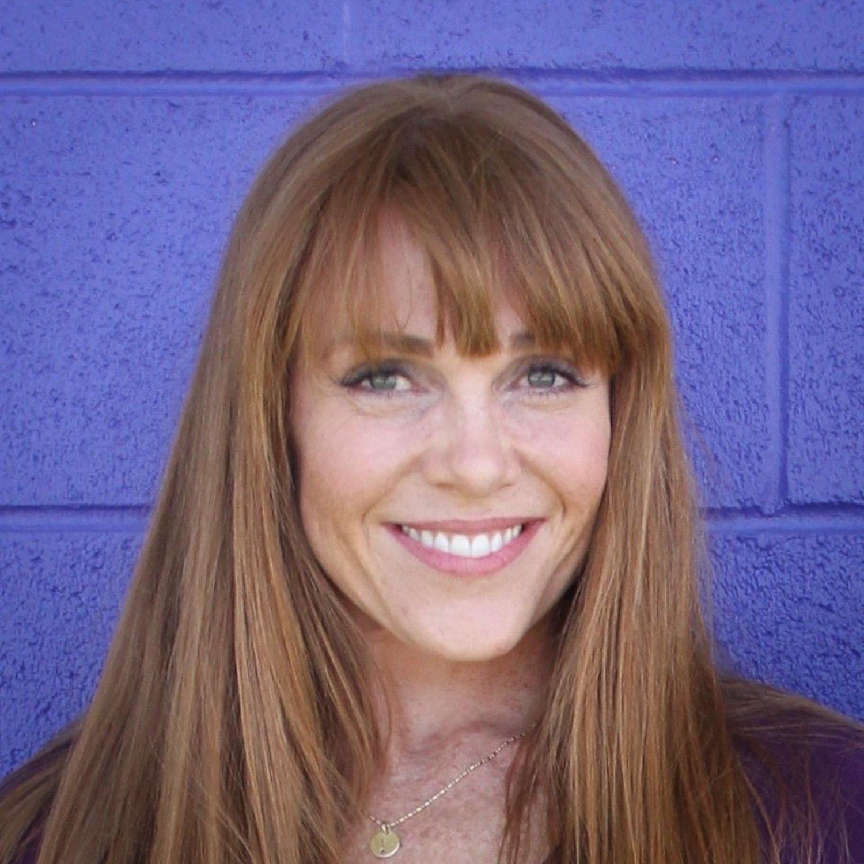 "Vanessa Quigley<br><a href=""http://chatbooks.com/"" target=""_blank""><b>Chatbooks</b></a>"