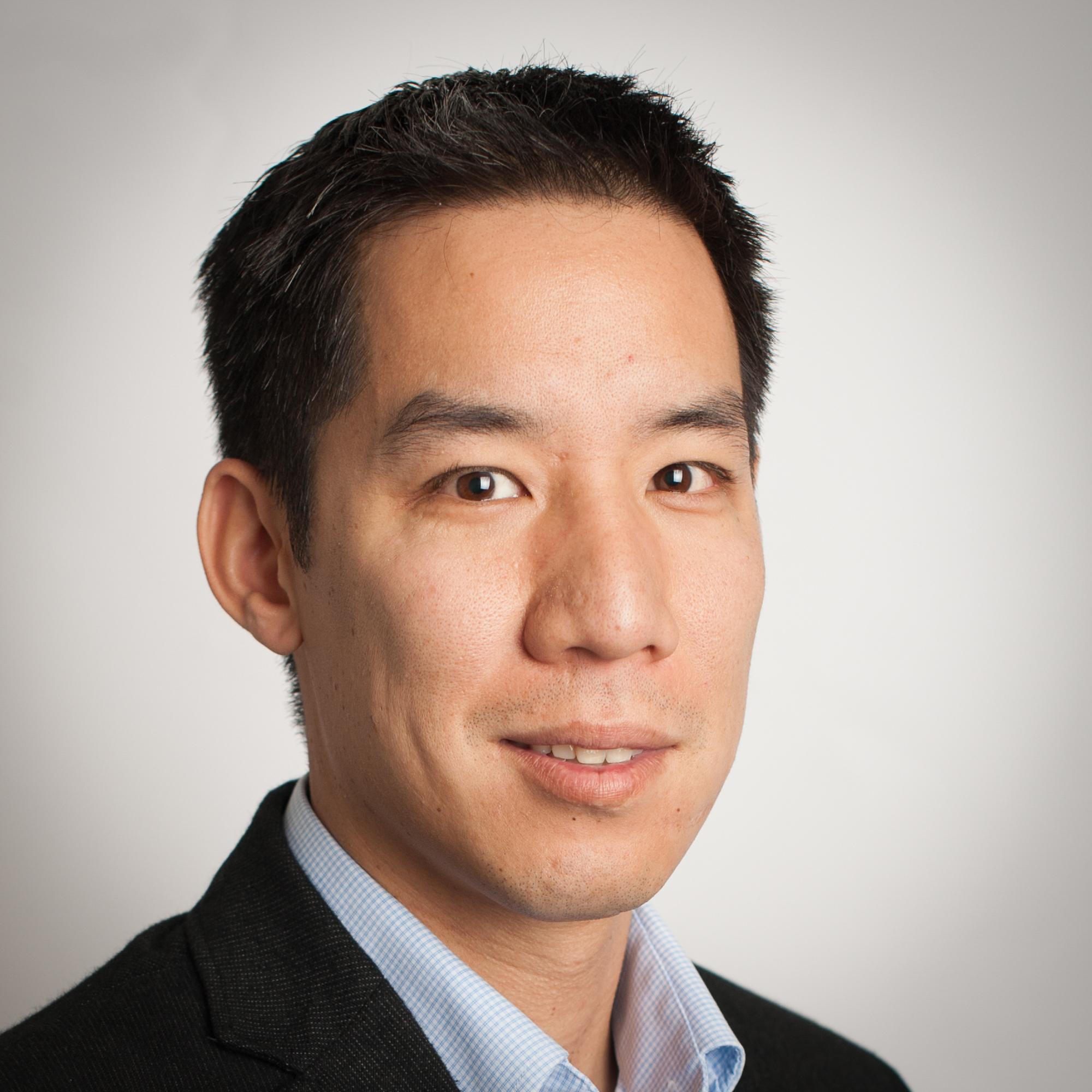 "Viet Dao-Huy<br><a href=""http://developer.snapfish.com.html"" target=""_blank""><b>Snapfish</b></a>"