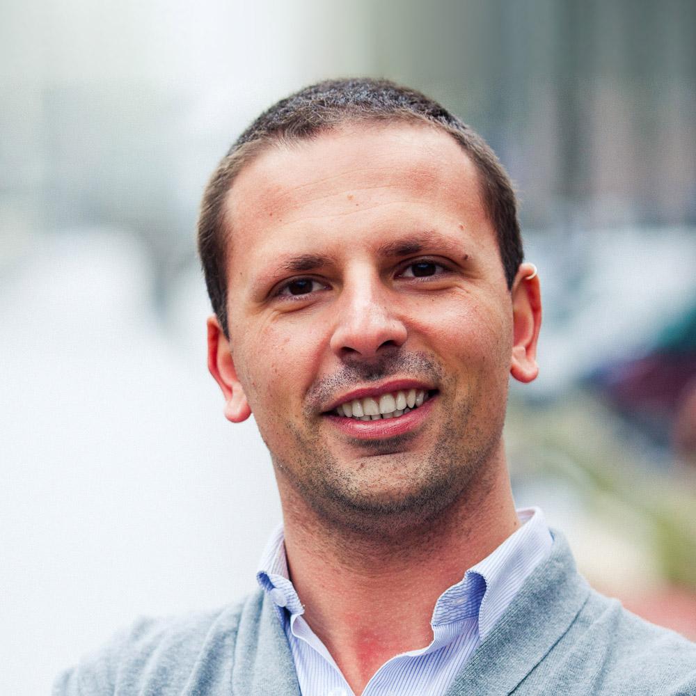 "Stefano Cutello<br><a href=""https://www.pastbook.com"" target=""_blank""><b>PastBook</b></a>"