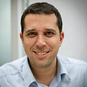 """<a href=""""https://www.linkedin.com/in/offirg"""" target=""""_blank""""><i> Offir Gutelzon</i></a><br><font size=""""-1""""> Co-founder & CEO </font><br><b>Keepy</b>"""