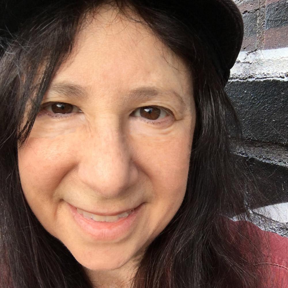 "<a href=""https://www.linkedin.com/in/jdove""><i><b>Jackie Dove</i></b></a><br>Writer and <br>Editor<br><b>Tech blogs</b><br>"