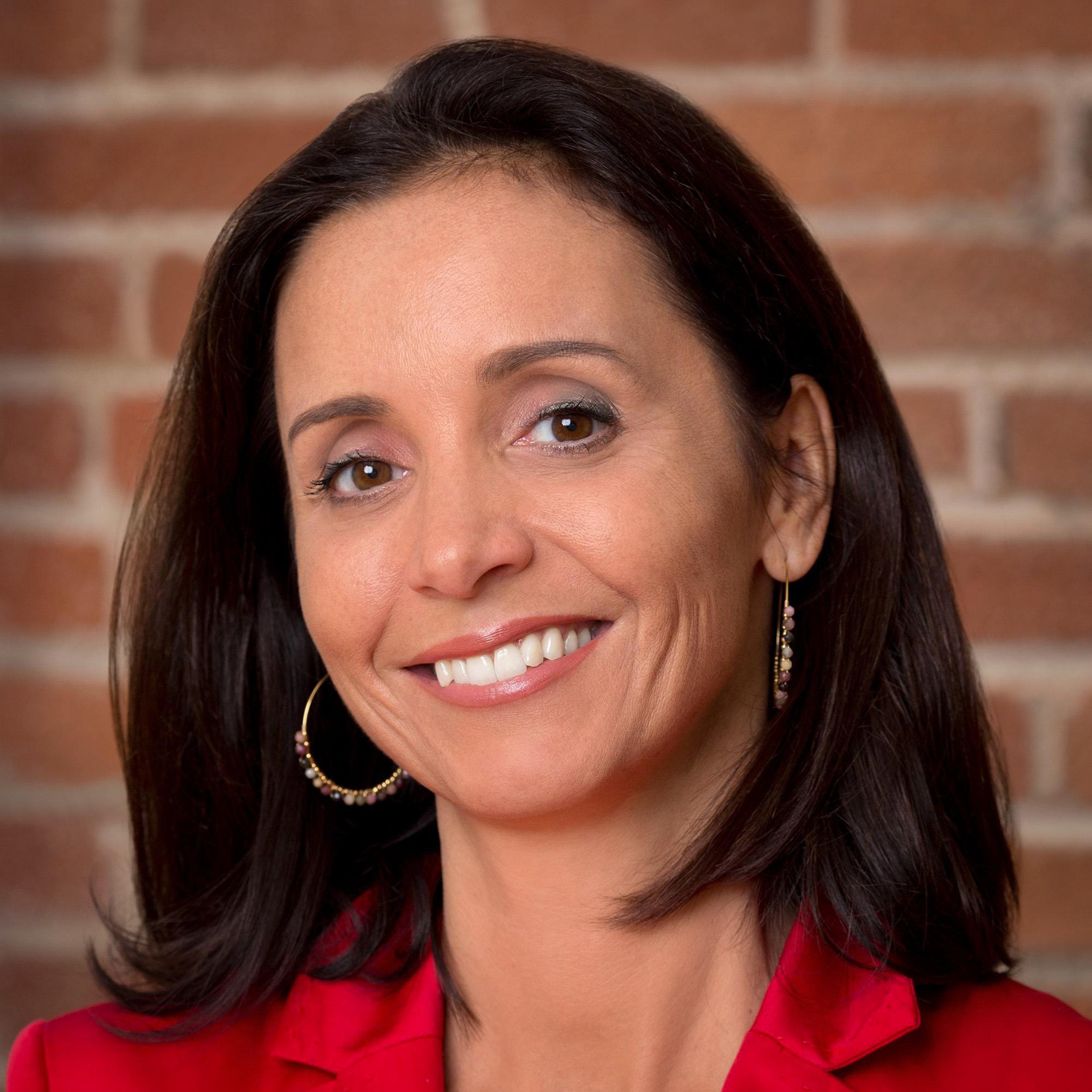 "<a href=""https://www.linkedin.com/in/geraldinelemeur"" target=""_blank""><i><b>Geraldine Le Meur</i></b></a><br>Co-Founder & <br>General Partner<br><b>The Refiners</b>"