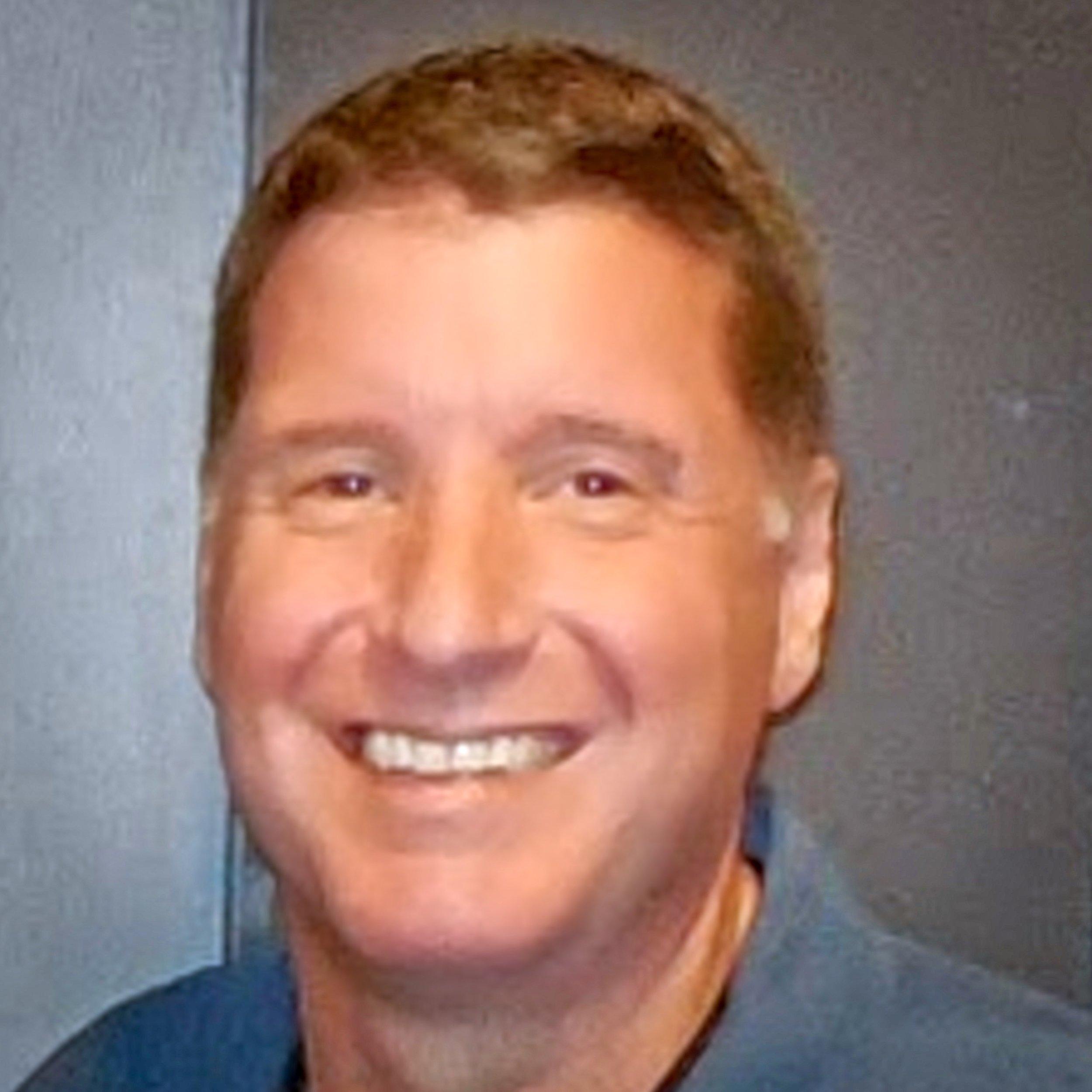"<i> Scott DeFusco</i><br><a href=""https://capturelife.com"" target=""_blank""><b>CaptureLife</b></a>"