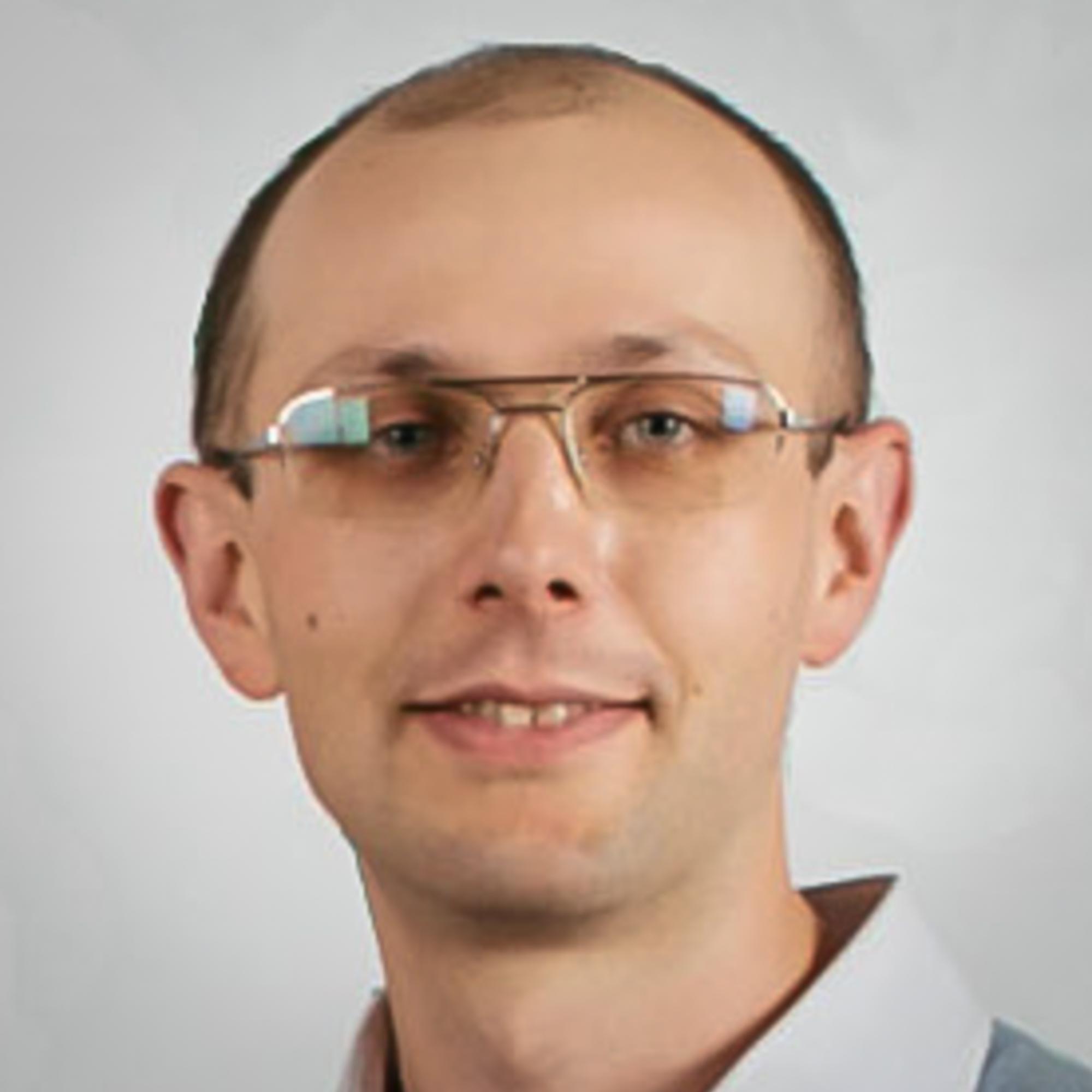 Maksym Davydov    ADVA Soft