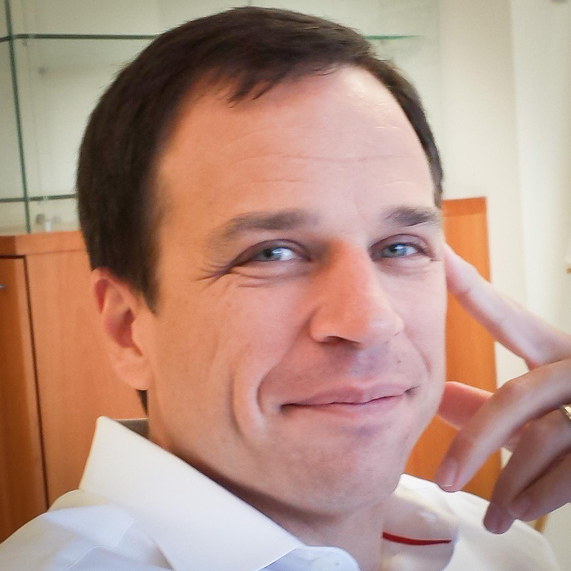 Aymeric Vigneras    CEO    Sharalike