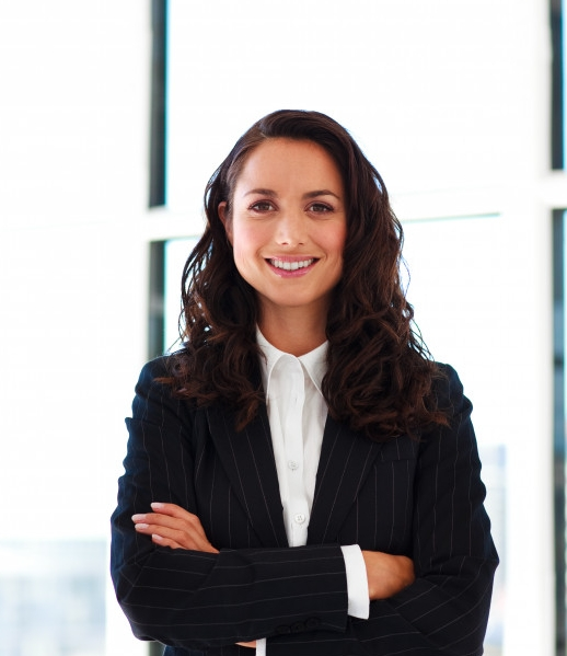 confident-businesswoman-with-folded-arms_13339-68482.jpg