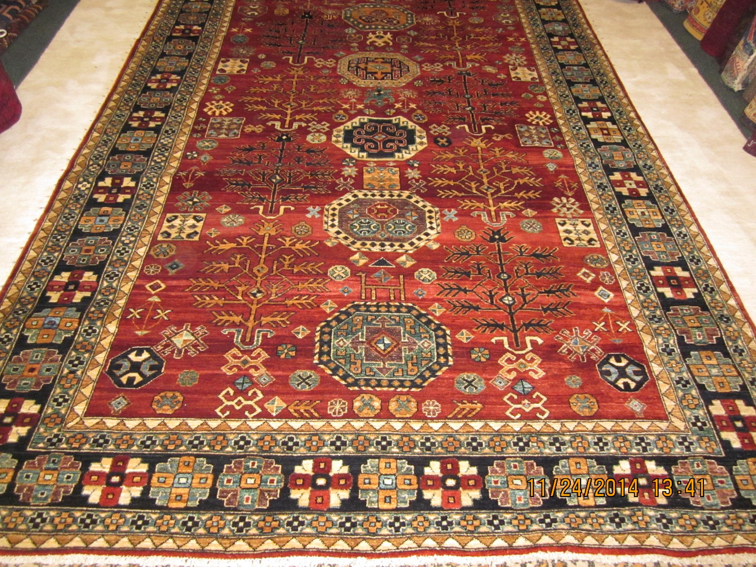 Beautiful 6 x 8 Kazak rug