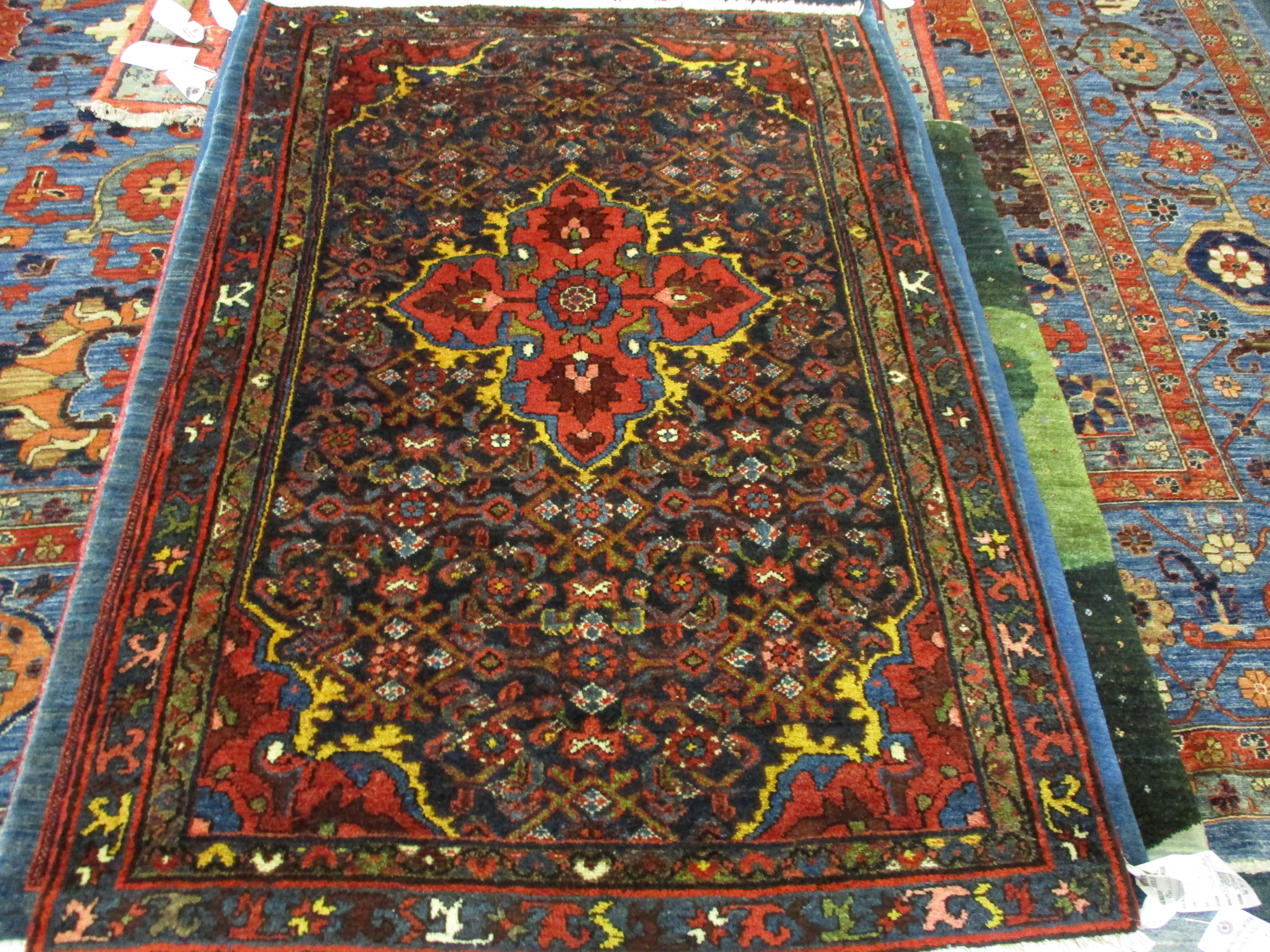 "3'4"" x 4'6"" Antique Hamadon Persian rug! Circa: 1900"